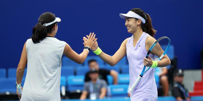 珠海赛女双王欣瑜/朱琳逆转3号种子 取得小组首胜