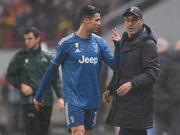 C罗梅西被换下都会不爽 笑着下场才该被打