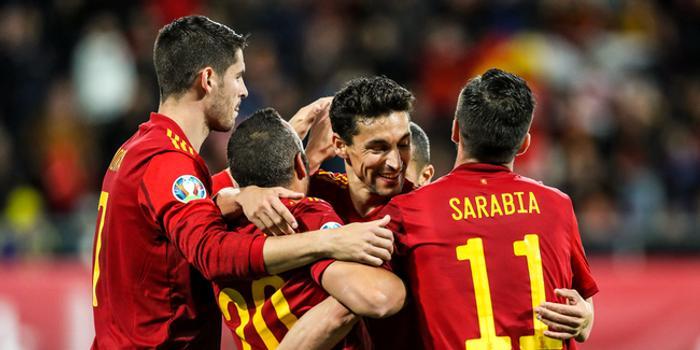 太残暴!西班牙7人7球施虐 队史第一奇景
