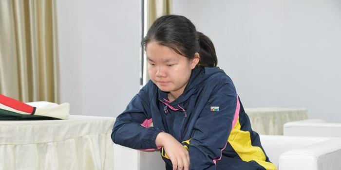 24日12时棋谱直播新秀赛决赛 方若曦刘宇航争冠