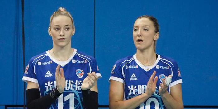 德国重炮利普曼狂揽26分 上海女排3-0山东获全胜