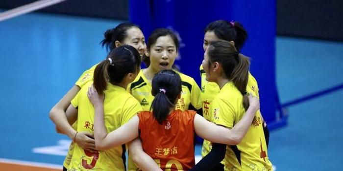 多点开花山东女排3-0北京女排 卫冕冠军遭两连败