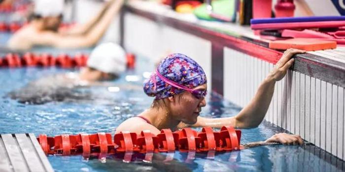 游泳队全力做好安全保障 把队伍放在最重要位置