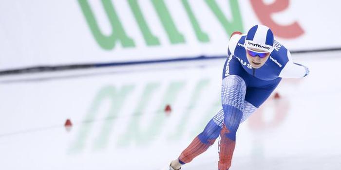速滑单项世锦赛 沃罗尼娜打破女子5000米世界纪录