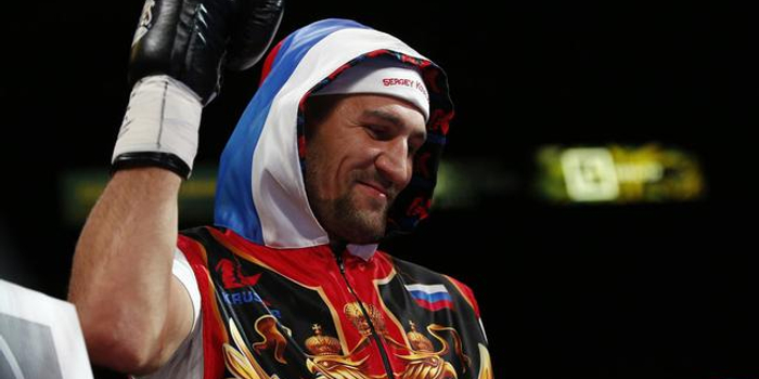 英国奥运会拳击冠军亚当斯因担心视力受损退役