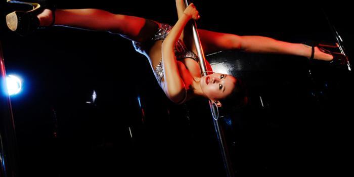 鋼管舞名將劉寧:舞蹈改變生活 草根到行業領軍人