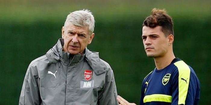 温格:埃梅里换队长没错 阿森纳的教练必须这样做