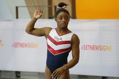 体操世锦赛美国女团一枝独秀 中国小花平衡木争金