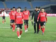 辽足队长致歉:输了球很挫火 想为队友承担更多指责