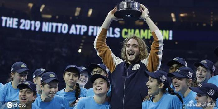西西帕斯成18年来最年轻冠军 三年前只是蒂姆陪练
