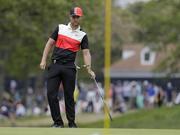 PGA锦标赛决赛轮毕雅格一杆进洞 同组选手切球进洞