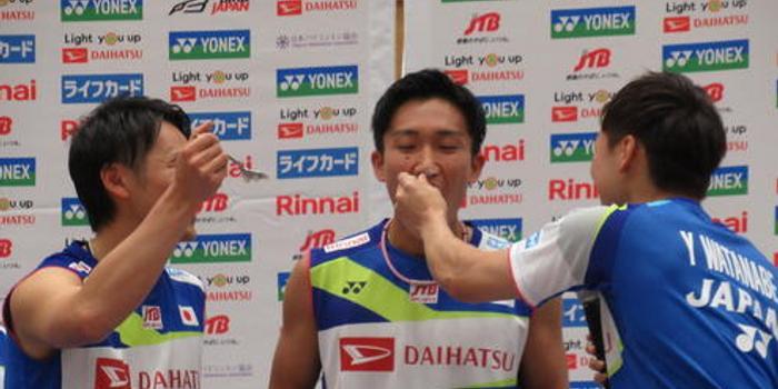 与球迷共庆25岁生日 桃田:我会回应大家的期待