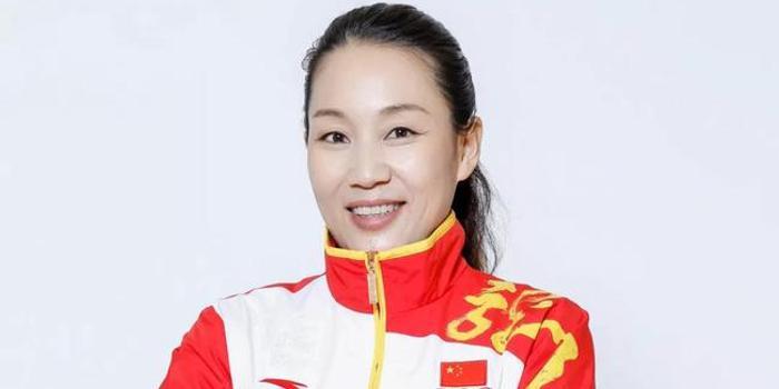 殷剑:中国帆板奥运首金传奇 一儿一女体育基因强