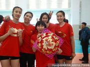 天津女排拍摄新春写真