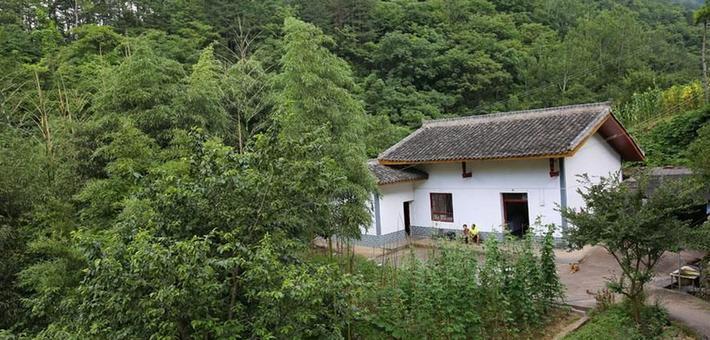 宁陕县城边的蔬菜村