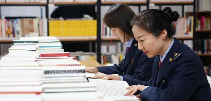 陕西:职工畅享阅读空间