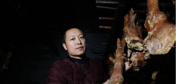 男子创业专做腊肉,一年做千吨
