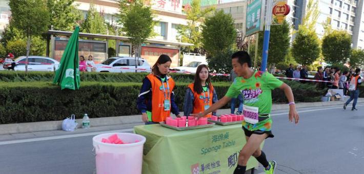 """1300余名青年志愿者:""""榆马""""中最美的身影"""