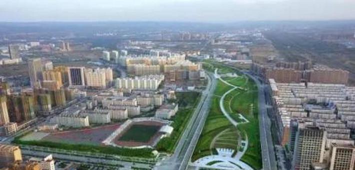 李春临分别会见中交二公局和中国水电十五局负责人