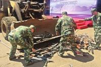 警方开展集中销毁非法枪爆物品统一行动 7万余件枪支刀具被销毁