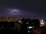 雷电、大风、冰雹齐袭京城 暴雨后现绝美闪电