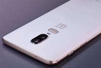 刘作虎激动宣布一加首款5G手机 一加7今天要发布?