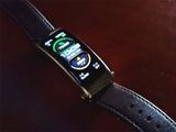 余承东晒华为手环B6:大号柔性屏、充电更快