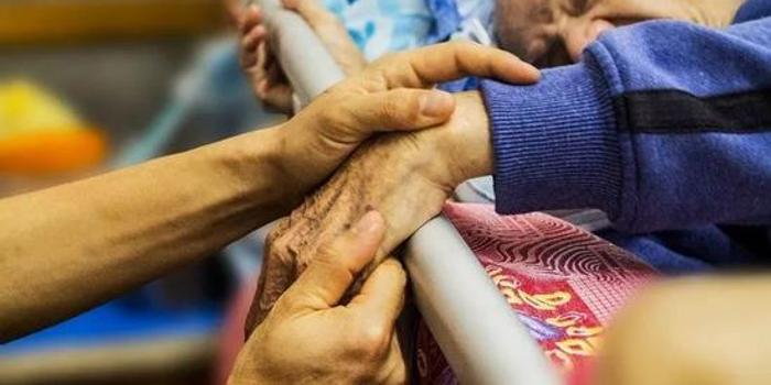 抗衰老里程碑!基因疗法可同时治疗多种年龄相关疾病