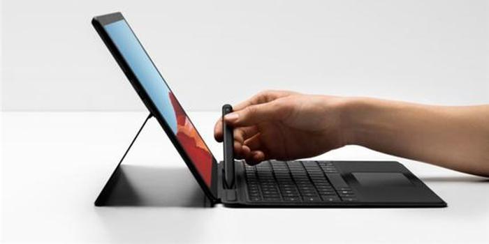 Surface Pro X续航不足/系统稳定差?微软推送新固件