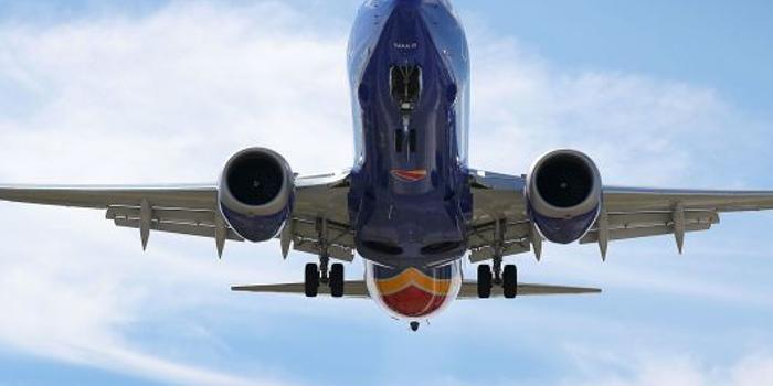 新彩网3d字谜_波音又出事了 西南航空波音737Max在奥兰多紧急迫降