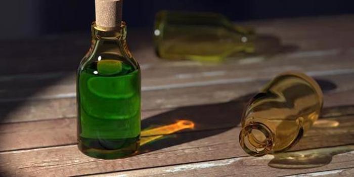 合成的化学物比天然的更毒吗?