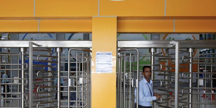 印度法院下令暂缓对亚马逊和沃尔玛的反垄断调查