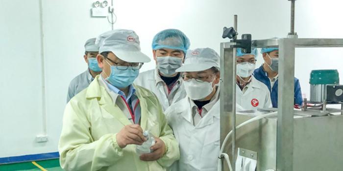 馳援抗疫 比亞迪醫用級免洗手消毒凝膠日產30萬瓶