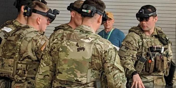 美军公开军用版HoloLens 2细节:像是玩《使命召唤》