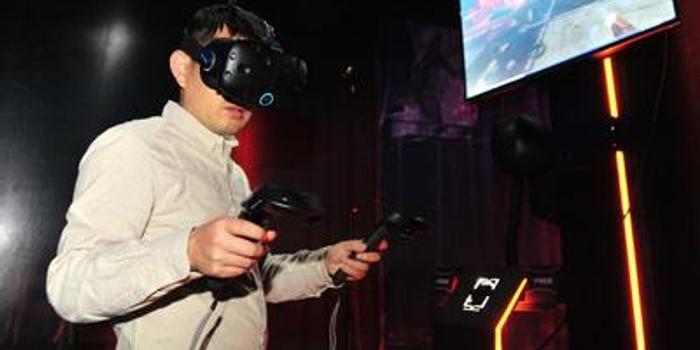 VR大于对眼伤害电脑手机_手机新浪网圣地亚哥滑翔伞图片