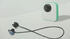 谷歌推新耳机:支持实时翻译 三色可选售价159美元