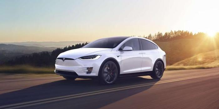 特斯拉因转向助力问题在北美召回1.5万辆Model X