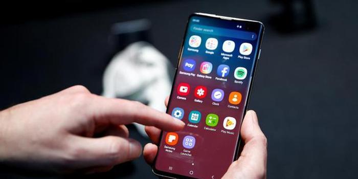三星将推软件补丁以解决Galaxy S10指纹识别问题