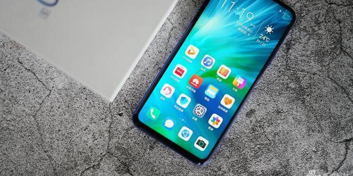 手机美拍人更美 自拍效果优秀的手机推荐