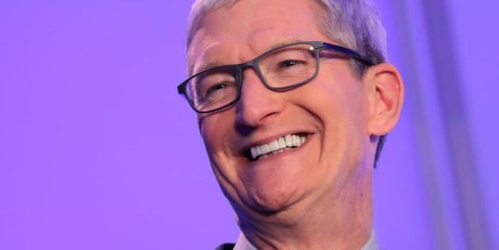 """库克意大利演讲:苹果不会把用户""""当作产品"""""""