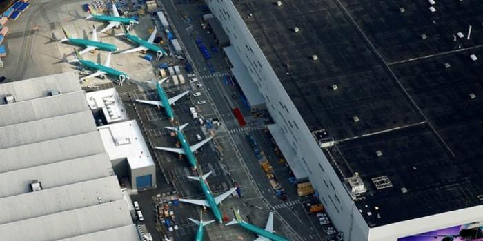 美国航空管理局:自主处理飞行器认证需花费18亿美元