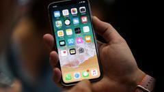 iPhone用户集体被盗刷有人损失上万元 苹果:不赔偿