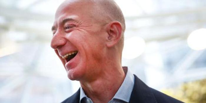 亚马逊市值破万亿之际 贝索斯一周内套现18亿美元