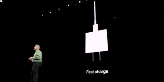 告别祖传5V1A充电器 iPhone 11 Pro用上18W快充