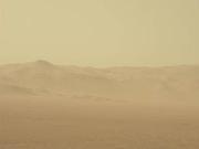 NASA好奇号正追踪大规模火星沙尘暴 机遇号暂时停工