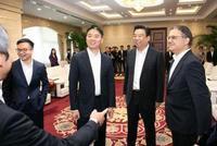 刘强东危局:京东股价创年度新低 业绩估值不乐观