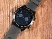 1.2英寸AMOLED屏 荣耀手表首发开箱