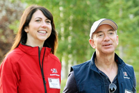 25年婚姻破裂 亚马逊CEO贝索斯宣布与妻子离婚(图)