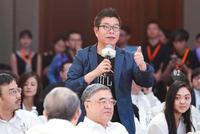 马云办乡村教育午餐会 寄宿制学校计划成焦点
