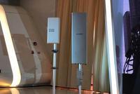 直击|华为5G基站亮相:约半米高 比4G安装省时35%